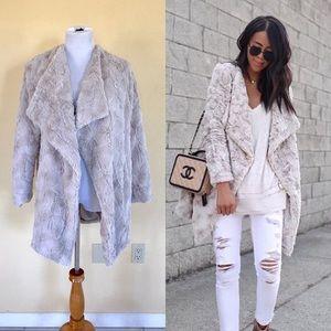 BB Dakota Tucker Faux Fur Coat in Sheep S EUC